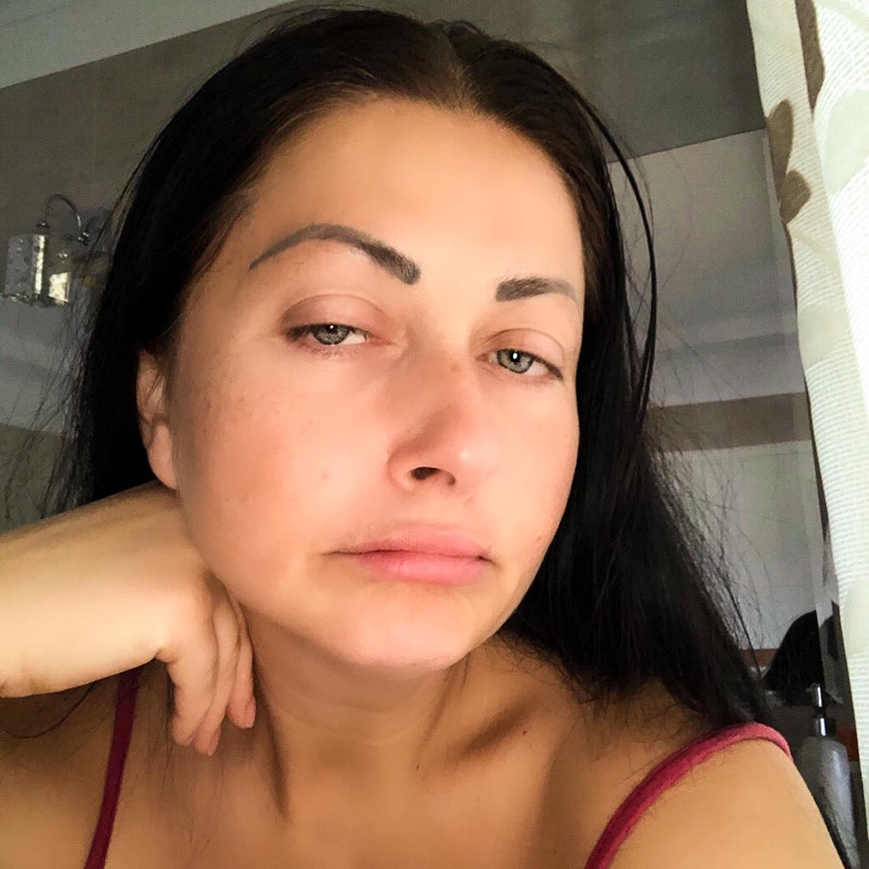 Gabriela Cristea, criticată de fani! Prezentatoarea s-a pozat nemachiată