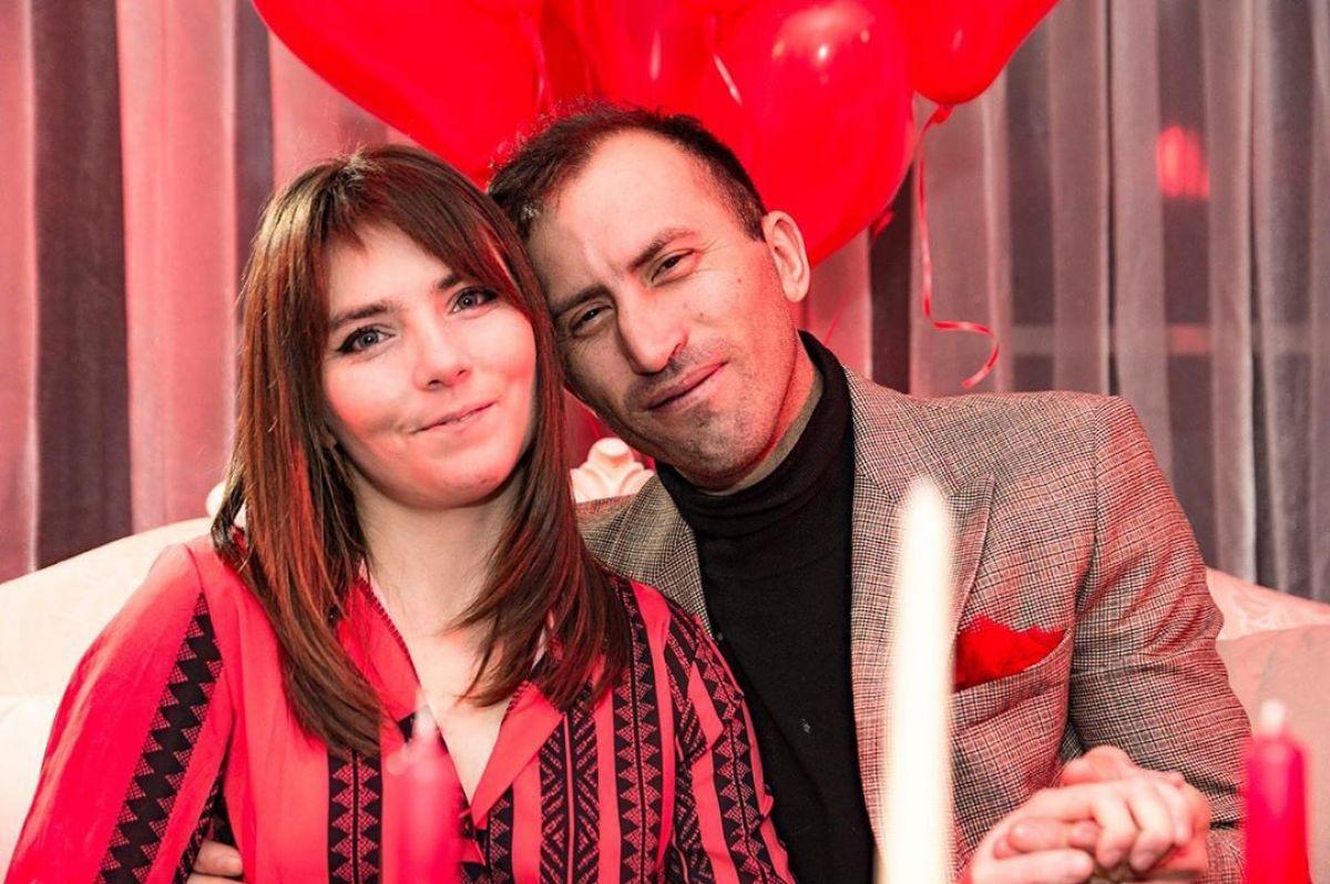 Veronica Stegaru și soțul ei i-au uimit pe toți cu un sărut intens!