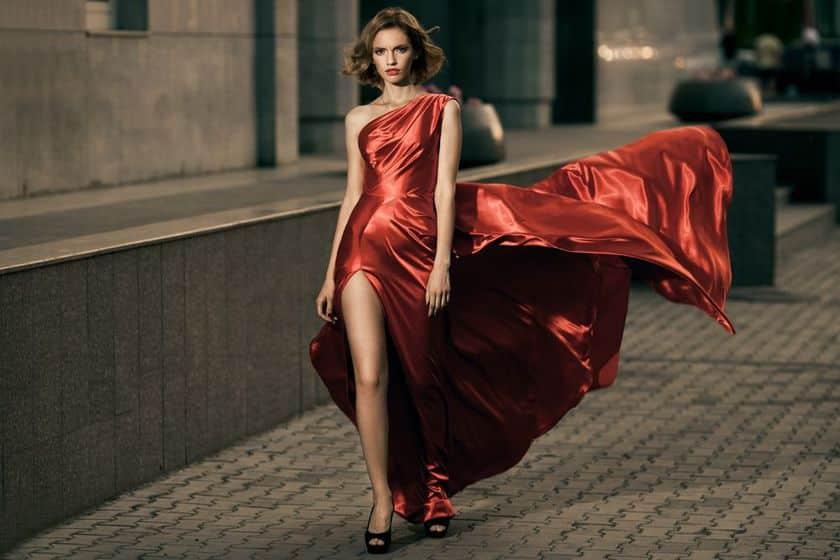 Eleganța este cuvântul care le caracterizează cel mai bine pe aceste femei