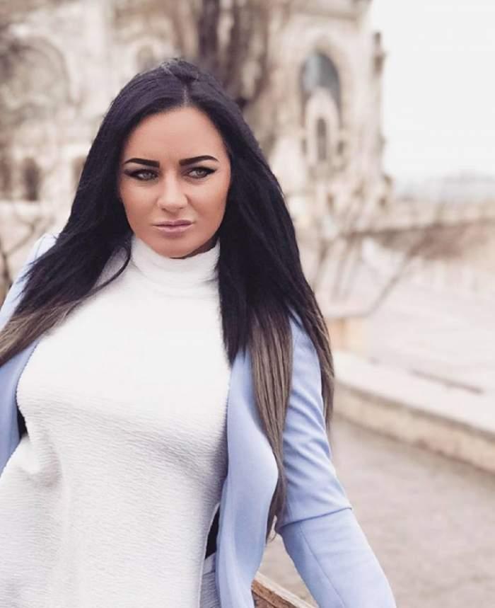 Carmen de la Sălciua, cele mai controversate imagini cu ea de la începutul carierei sale. A stârnit un val de reacții în mediul online / FOTO