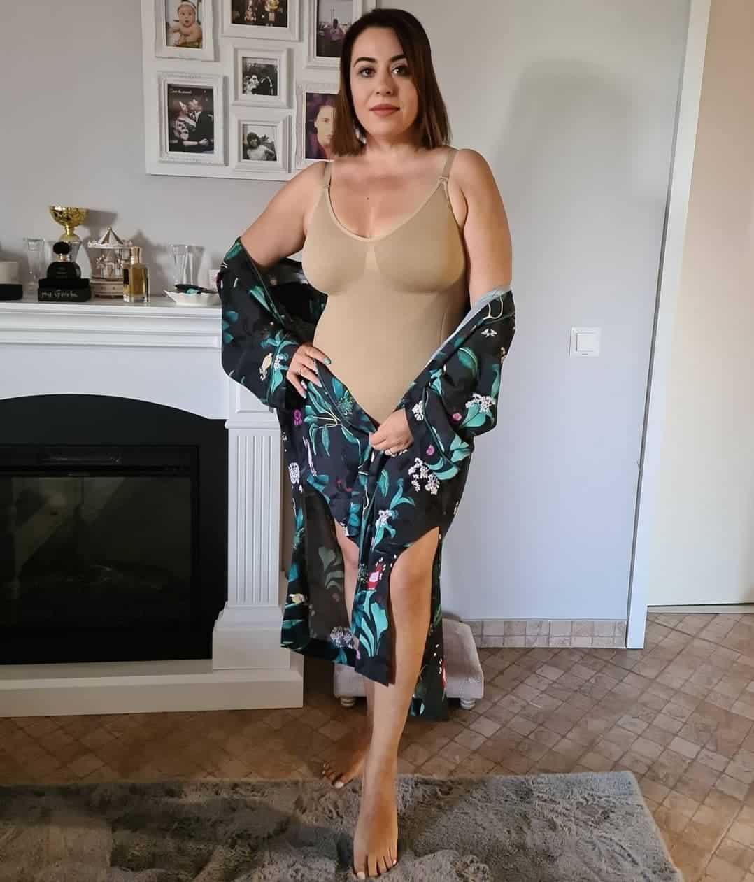 Oana Roman, imagine de senzație în lenjerie modelatoare! Cât de bine arată vedeta
