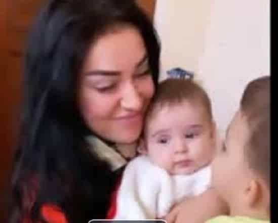 """Elena Ionescu, gata să fie mamă din nou! Cum s-a dat de gol vedeta: """"Vrei și tu o surioară?"""""""
