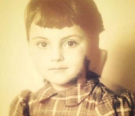 Cum arată mama Danei Budeanu! Vedeta a postat imagini rare cu femeia care i-a dat viață / FOTO